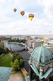 Luftaufnahme von zentralem Berlin stockbild