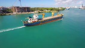 Luftausbaggernder Videolastkahn Miami stock video footage