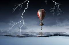 Luftballon im Meer Lizenzfreies Stockbild