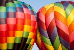 luftballonger som stöter varma två Royaltyfria Foton