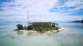 Luftbild der Tropeninseln herum, Borneo, Malaysia stockfotografie
