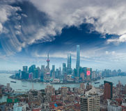 Luftbildfotografie an Shanghai-Promenade Skylinen der Dämmerung Stockfotografie