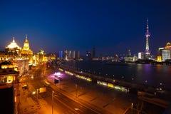 Luftbildfotografie an Shanghai-Promenade Skylinen der Nachtszene Lizenzfreies Stockbild