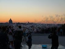 Luftblasen am Sonnenuntergang lizenzfreies stockfoto