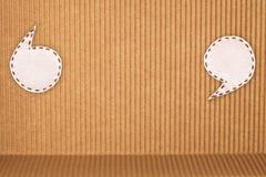 Luftblasengewebe auf gewölbtem Papier Stockfoto