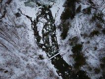 Luftbrummen schoss von Chittenango-Wasserfall im Winter Lizenzfreie Stockfotos