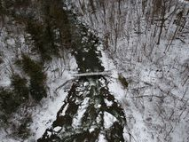 Luftbrummen schoss von Chittenango-Wasserfall im Winter Lizenzfreie Stockfotografie