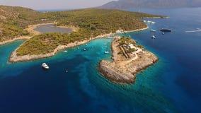 Luftbrummenfoto von Agistri-Insel, Aponisos Lizenzfreies Stockfoto