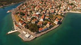 Luftbrummenfoto von Santorini-Insel, die Kykladen, Griechenland Stockbilder