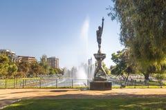 Luftfahrt-Quadrat-Piazza ein La Aviacions-Brunnen und ein Rodo-Monument - Santiago, Chile lizenzfreie stockbilder
