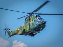 Luftfahrtshow 2016 von Bukarest-crangasi See, rumänische Luftwaffenakrobatik Stockfotos