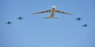 luftflygplan pressar ryss Arkivbilder
