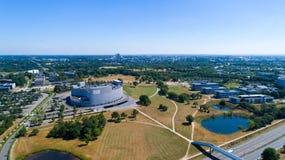 Luftfoto der Nantes-Stadt Zenitarena lizenzfreie stockfotos