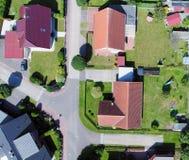 Luftfoto mit dem Brummen, von neuem Anhäufungsplan mit einzelnem hous Lizenzfreies Stockbild