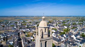 Luftfoto von Batz-sur Mer-Dorf stockbilder