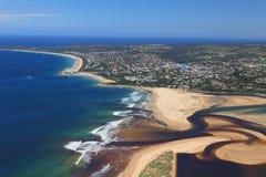 Luftfoto von Plettenberg-Bucht in Südafrika Stockbild