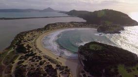 Luftgesamtlänge der Bucht stock footage