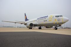 LUFTHANSA är 737 ` BOBBY Arkivbild