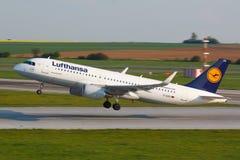 A320 Lufthansa Fotografia de Stock