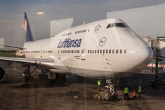 Lufthansa 747 Airplane Royalty Free Stock Photos