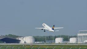 Lufthansa acepilla el lanzamiento del aeropuerto de Munich, MUC