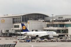 Lufthansa Airbus A319 à l'aéroport de Francfort Image libre de droits