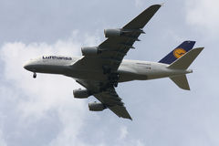 Lufthansa Airbus A-380 Imagens de Stock Royalty Free