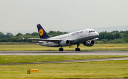 Lufthansa Airbus A320-200 Imagens de Stock Royalty Free