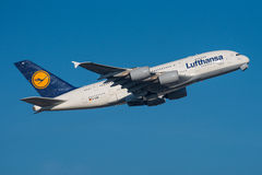 Lufthansa Airbus A380 Fotos de Stock Royalty Free