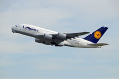 Lufthansa Airbus A380-800 D-AIMC Royalty Free Stock Images