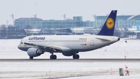 Lufthansa Airbus A320-200 D-AIZE en el aeropuerto MUC de Munich