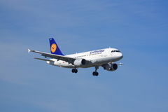 Lufthansa Airbus A319 Royalty Free Stock Photos