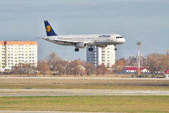 Lufthansa Airbus A321 on final landing Royalty Free Stock Image