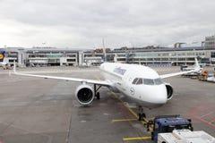 Lufthansa Airbus A320 neo all'aeroporto di Francoforte immagine stock libera da diritti