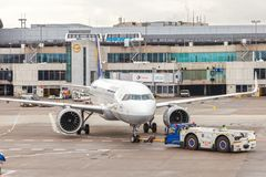 Lufthansa Airbus A320 neo all'aeroporto di Francoforte fotografia stock