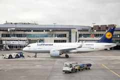 Lufthansa Airbus A320 neo no aeroporto de Francoforte Foto de Stock