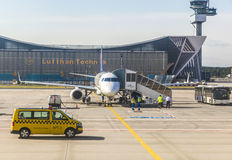 Lufthansa aircraft in front of maintenance hall Stock Photo