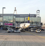 Lufthansa Aircraft ready for boarding at Terminal 1 Stock Images