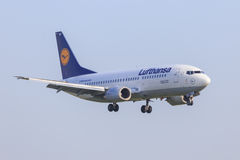 Lufthansa Boeing 737-300 Royaltyfri Foto