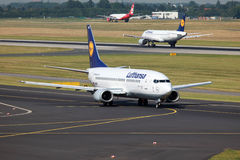 Lufthansa Boeing 737-300 Royalty Free Stock Photo