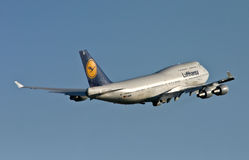 Lufthansa Boeing 747-400 Jumbo-Jet Climb Stock Photo
