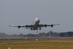 Lufthansa Boeing 747-8 Brandenburg Royaltyfria Foton