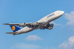 Lufthansa Boeing 747-8 Royalty Free Stock Images