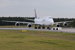 Lufthansa Boing 747-8 Brandeburgo Immagini Stock