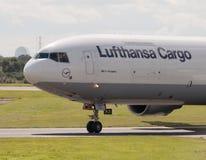 Lufthansa Cargo MD-11 Fotos de Stock Royalty Free
