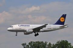 Lufthansa-Flug Lizenzfreie Stockfotos