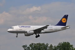 Lufthansa flyg Royaltyfria Foton