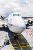 Lufthansa flyg som är klart att head arkivbilder