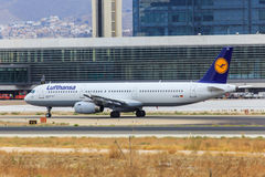 Lufthansa jet taxiing Royalty Free Stock Photography