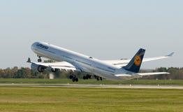 Lufthansa Luchtbus Royalty-vrije Stock Afbeelding